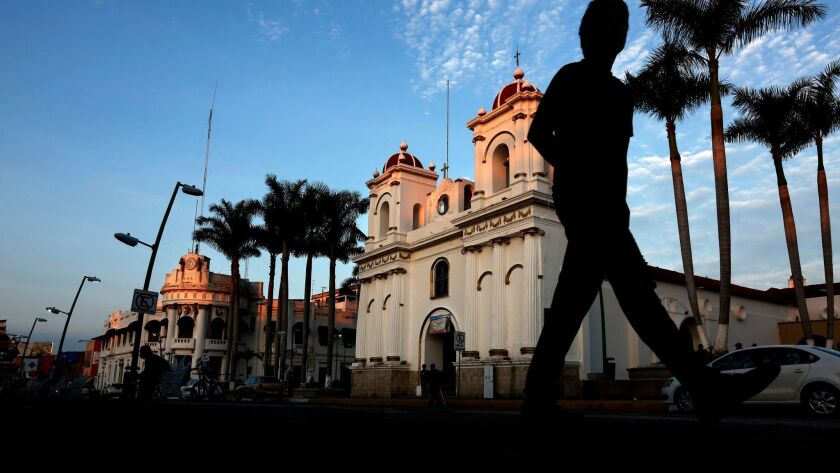 Cuban migrants in the southern Mexican city of Tapachula reacted with dismay to President Obama's decision to end decades of preferential immigration treatment for Cuban nationals.