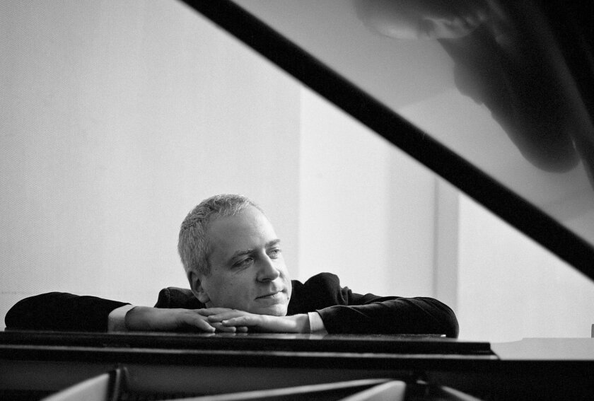 Pianist Jeremy Denk had a clean, powerful tone in Beethoven's 'Emperor.'