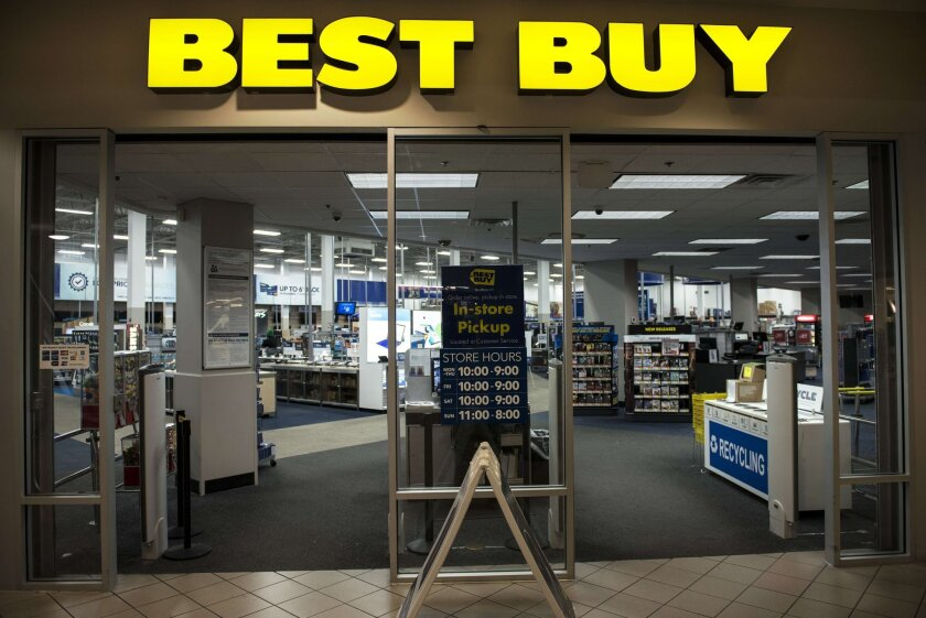 An entrance to a Best Buy store in Arlington, Va., on Sept. 25.