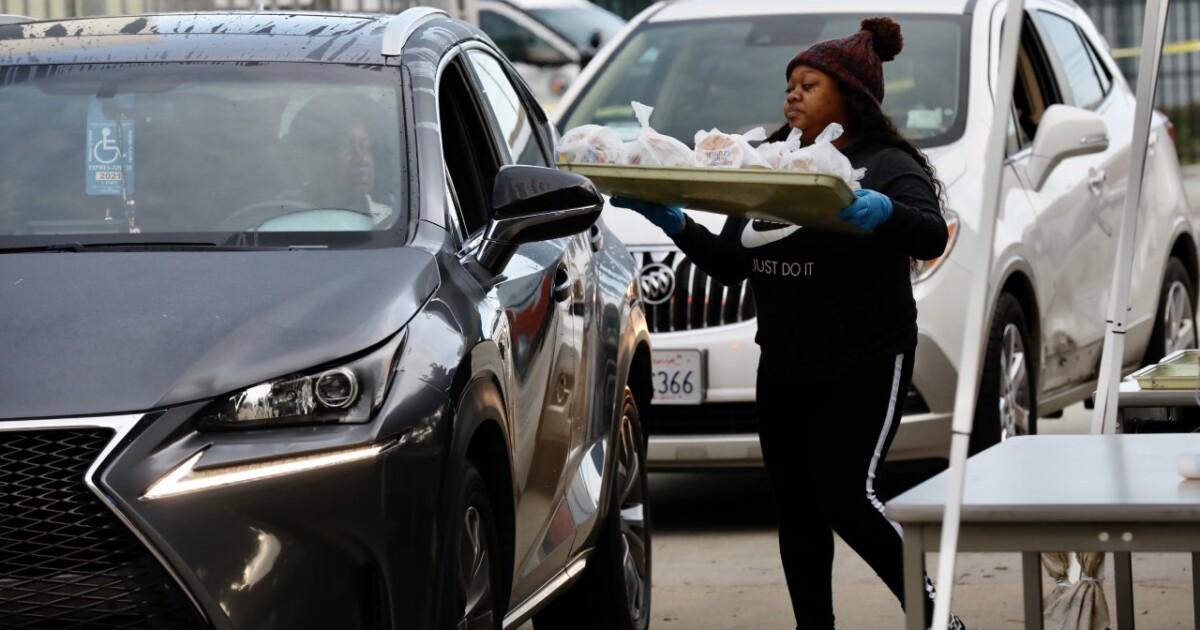 Pasadena σχολεία αναστείλει την αρπαγή-and-go γεύματα μετά το δυναμικό coronavirus λοίμωξη