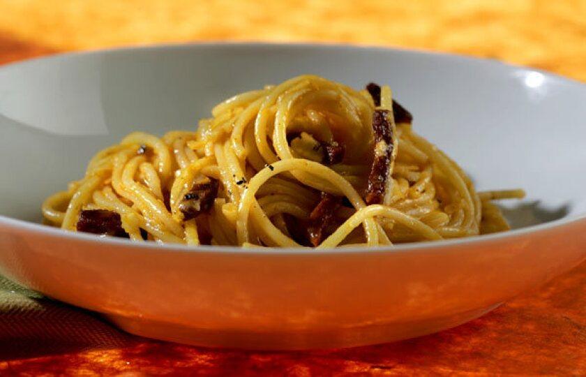 Spanish spaghetti carbonara