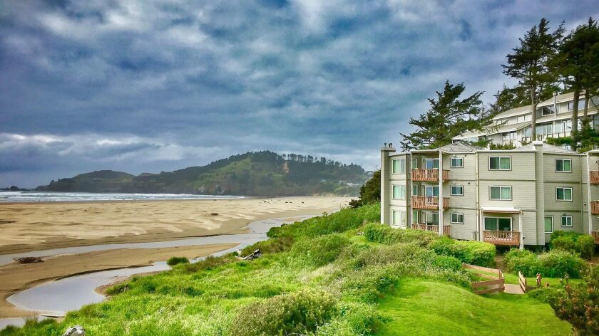 Little Creek Cove, a condo hotel on the central Oregon coast, has a deal on rates through April.