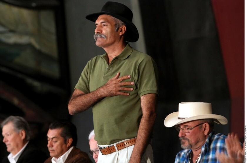 José Manuel Mireles cumple hoy un año con ocho meses preso, luego de su captura el 27 de junio de 2014 cuando ingresó con sus hombres a la comunidad de La Mira.
