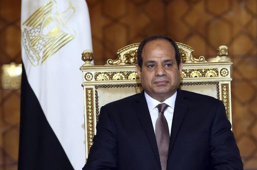 El Banco Mundial (BM) aprobó hoy un préstamo de 1.150 millones de dólares para apoyar el programa de reformas económicas de Egipto, destinadas a revitalizar la competitividad y atraer inversión extranjera. EFE/ARCHIVO