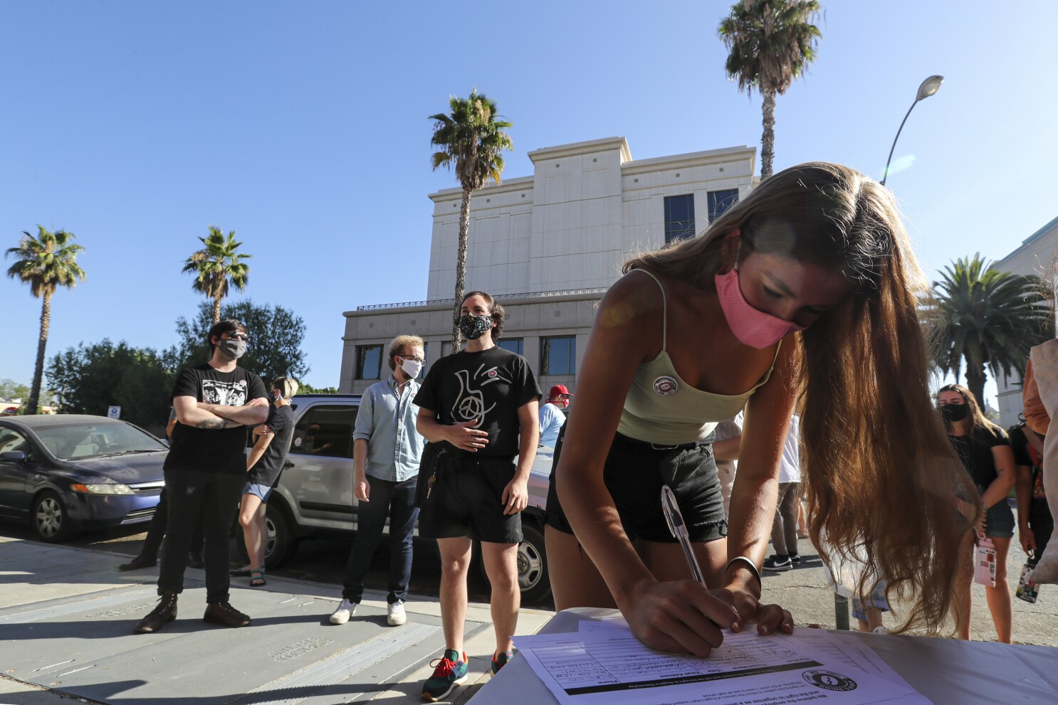 Did Baristas Lose Jobs Over Covid 19 Or Unionization Los Angeles Times