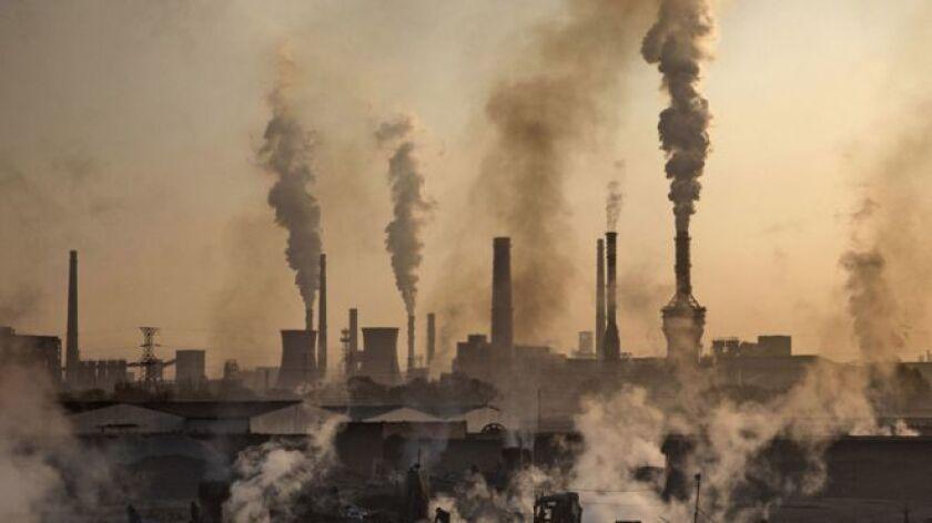 En una oportunidad Trump afirmó que el concepto de calentamiento global fue inventado por China