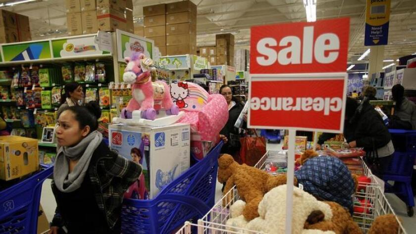 Las empresas buscan ahorrar fondos con el cierre de las tiendas que se realizará en diferentes ciudades de Estados Unidos.