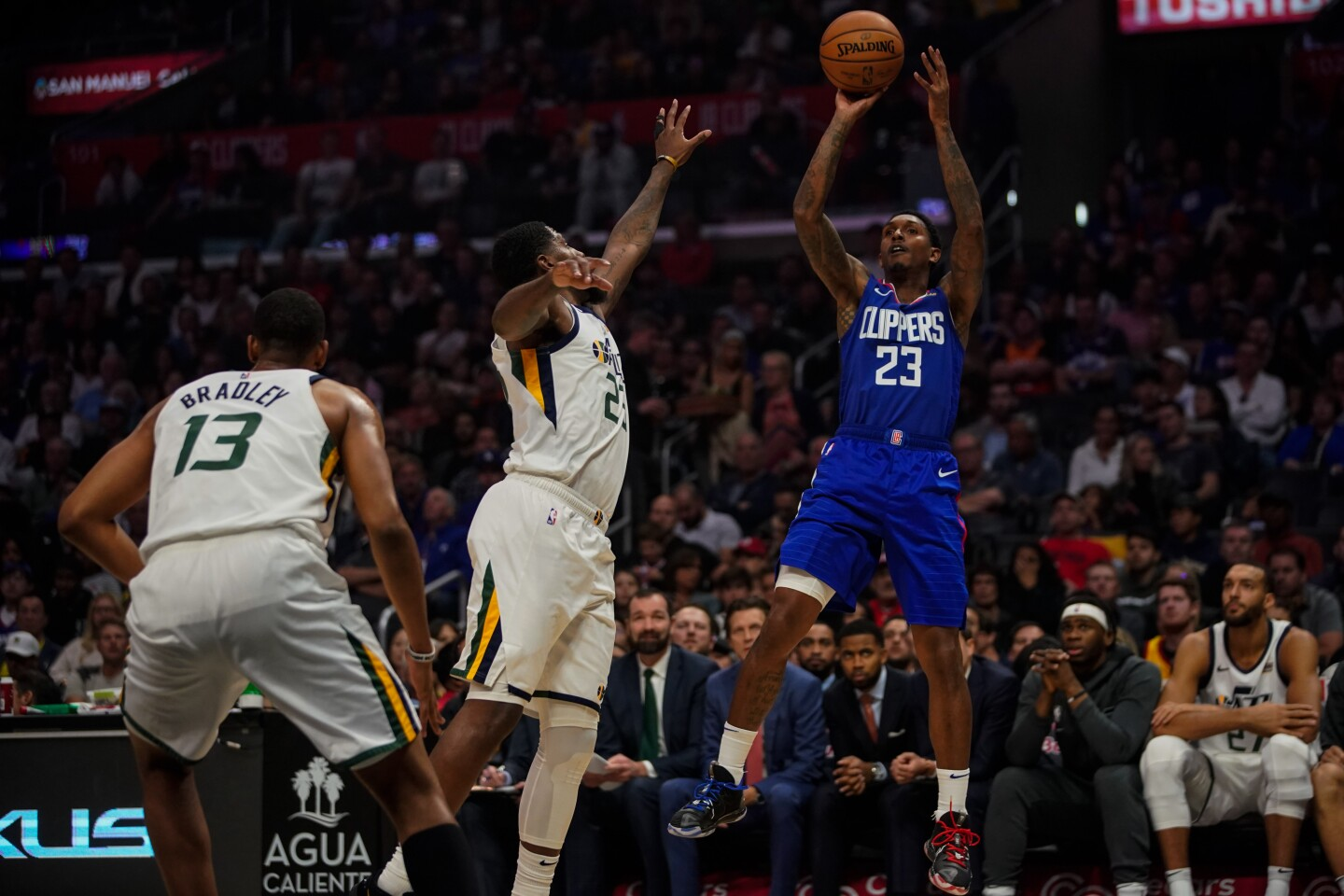 LOS ANGELES, CALIF. - NOVEMBER 03: LA Clippers guard Lou Williams (23) shoots the ball during a NBA game between the Utah Jazz and the LA Clippers at Staples Center on Sunday, Nov. 3, 2019 in Los Angeles, Calif. (Kent Nishimura / Los Angeles Times)