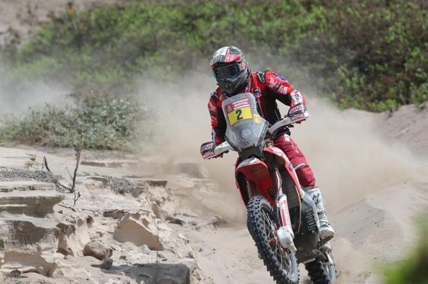Portuguese bikes competitor Paulo Goncalves rides his Honda during the third stage of the 2019 Dakar Rally from San Juan de Marcona to Arequipa, Peru, on Jan. 9, 2019. EPA-EFE/Ernesto Arias