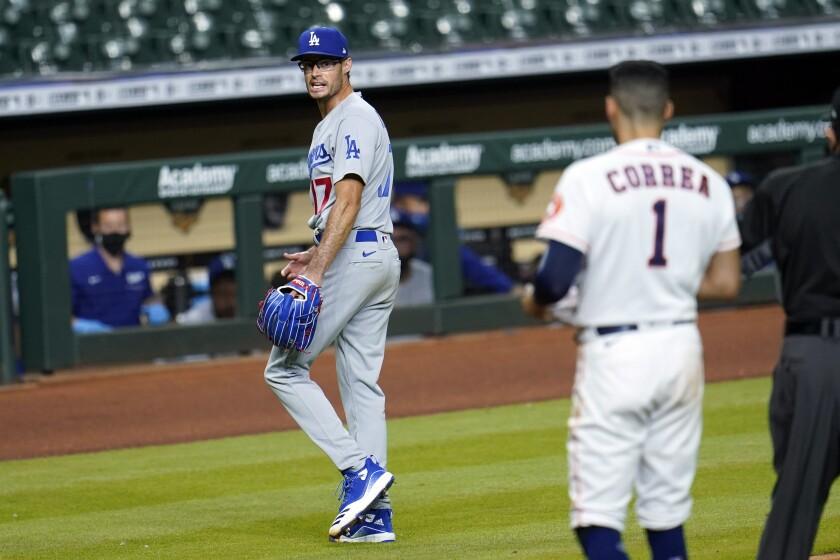 Joe Kelly, relevista de los Dodgers de Los Ángeles