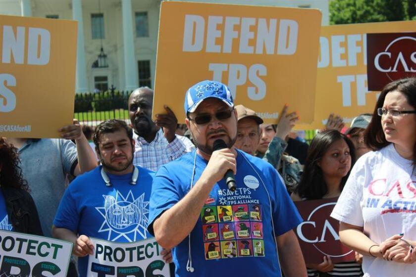 Un juez federal bloqueó hoy la suspensión ordenada por el Gobierno de Donald Trump del programa migratorio conocido como Estatus de Protección Temporal (TPS) para El Salvador, Honduras, Haití, Nicaragua y Sudán, del que se benefician unas 400.000 personas. EFE/ARCHIVO