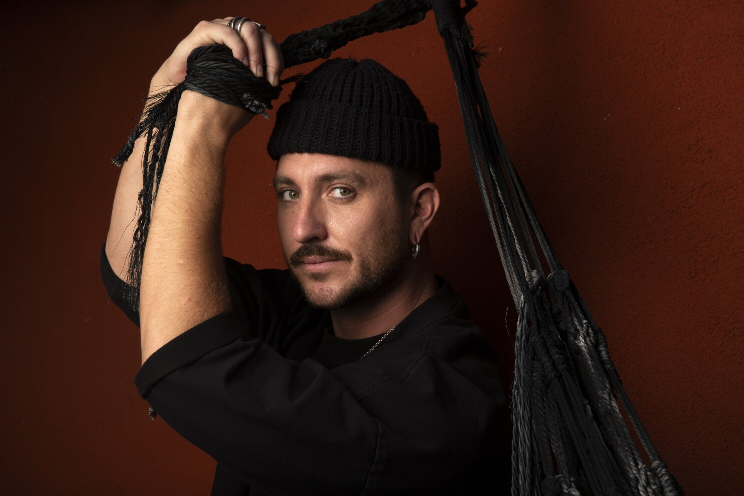 Making The Cut On Amazon Meet Winner Jonny Cota Los Angeles Times