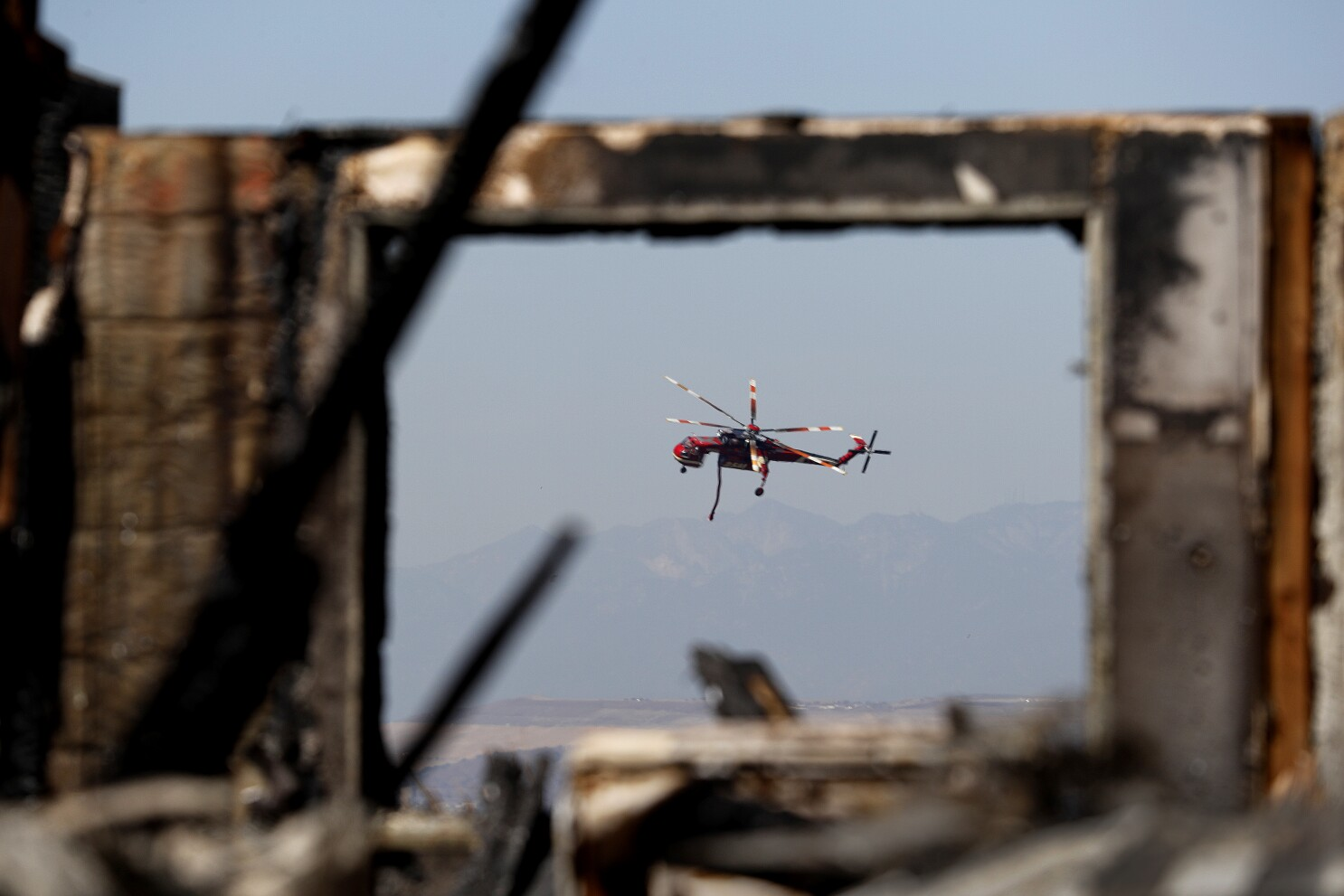 O.C. approves funds for aircraft to monitor wildfires' spread