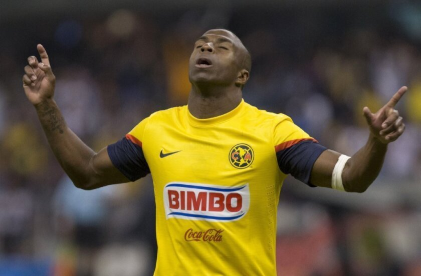 low priced 33546 940fc Ecuadorean soccer star Christian 'Chucho' Benitez dies at 27 ...