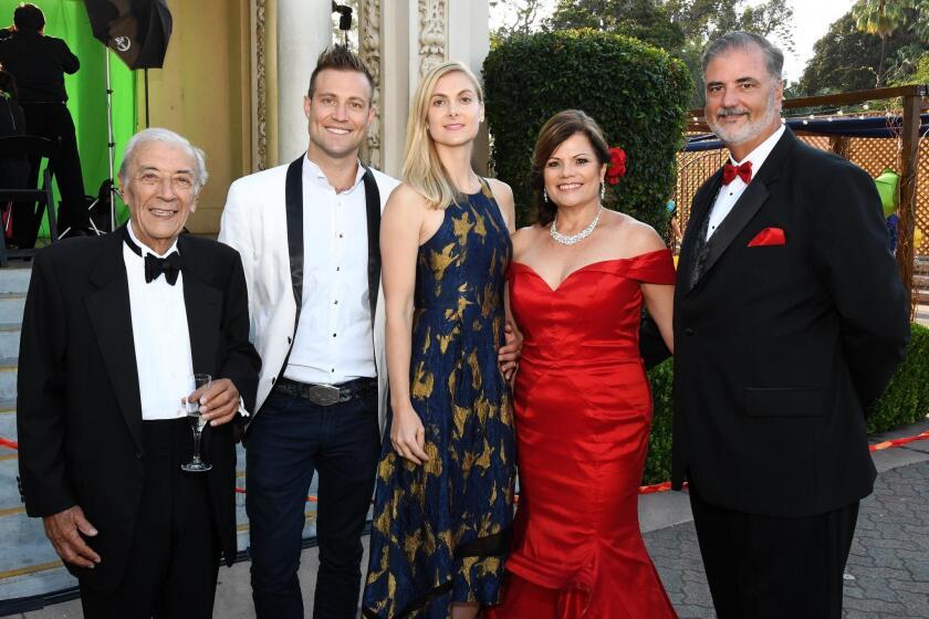 Peter Caruso, Don Vaughn Jr., Sara Vaughn, Lynne and Steve Doyle
