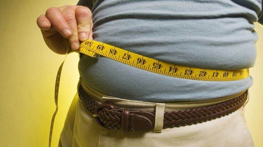 Compared to middle-aged men with a normal body mass index, the risk of a heart attack was 42% higher for men who were obese, researchers found.