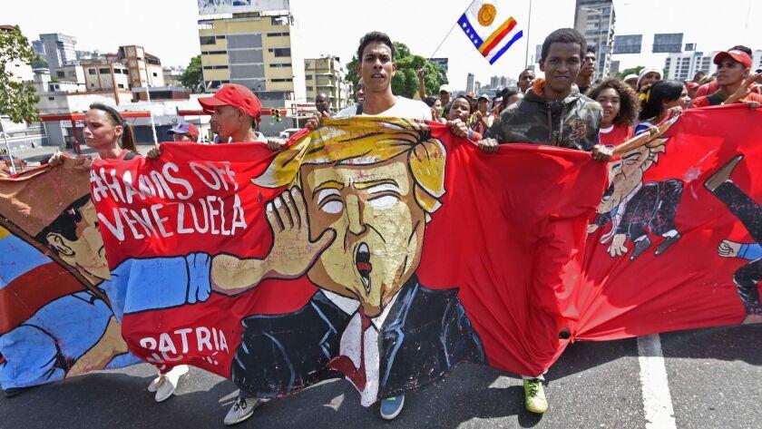 VENEZUELA-CRISIS-MADURO-SUPPORTERS-MAY DAY
