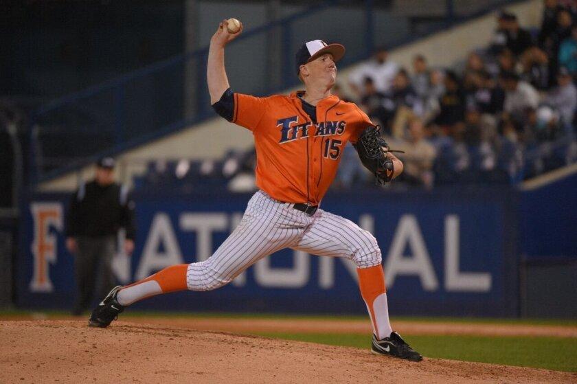 Thomas Eshelman, Cal State Fullerton baseball (photo credit: Matt Brown)