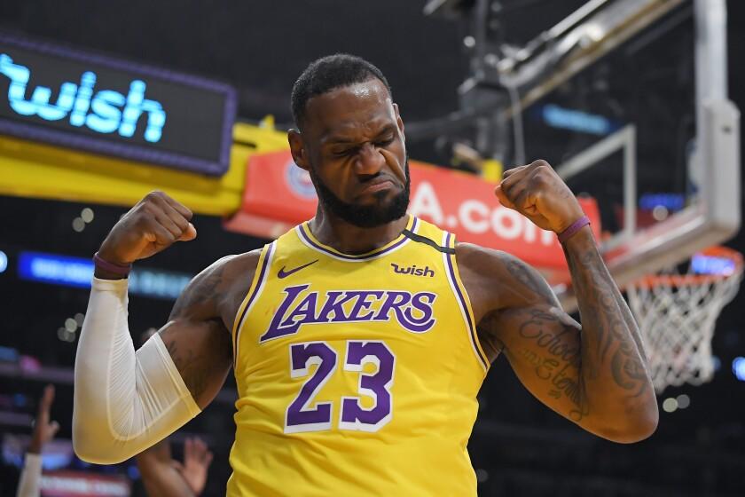 APTOPIX Knicks Lakers Basketball