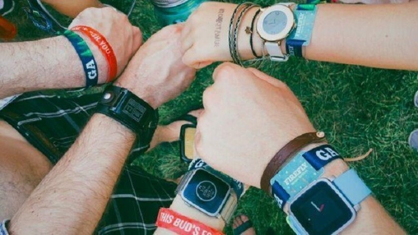 Pebble, one of the first companies to manufacture smartwatches, announced that it will shut down.