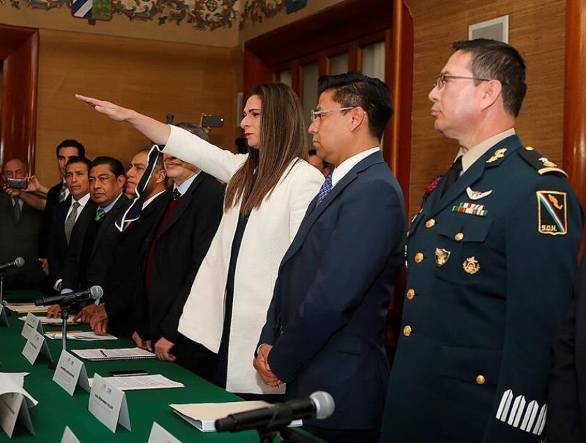 La medallista olímpica Ana Gabriela Guevara participa en la toma de posesión como titular de la Comisión Nacional de Cultura Física y Deporte (Conade), hoy en Ciudad de México (México). EFE