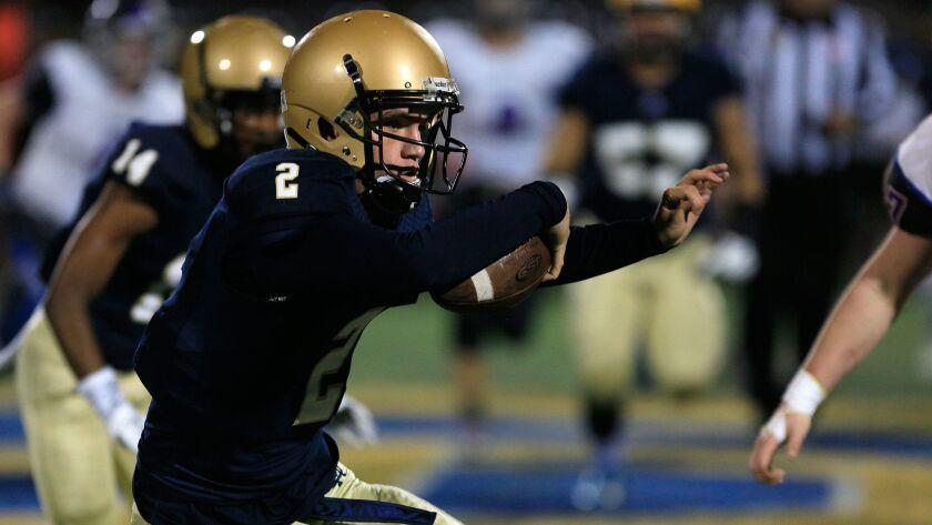 Mater Dei Catholic quarterback Chris Jones helped lead the attack against Otay Ranch.