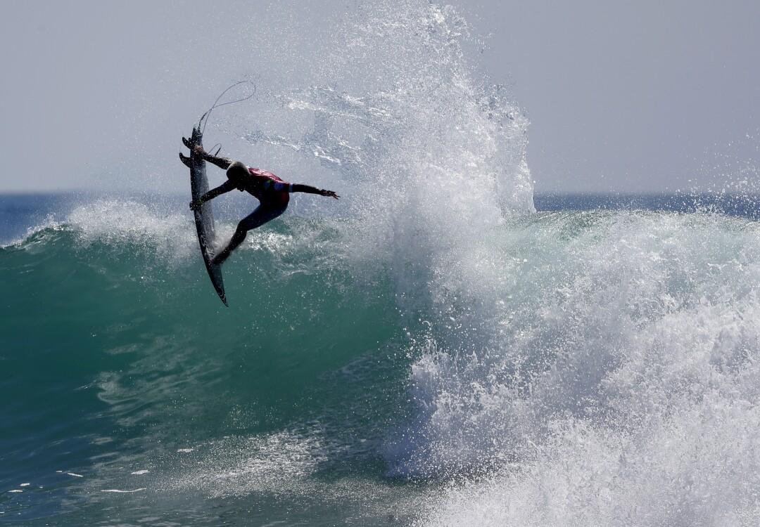 Filipe Toledo do Brasil foi o vice-campeão nas finais da World Surf League.