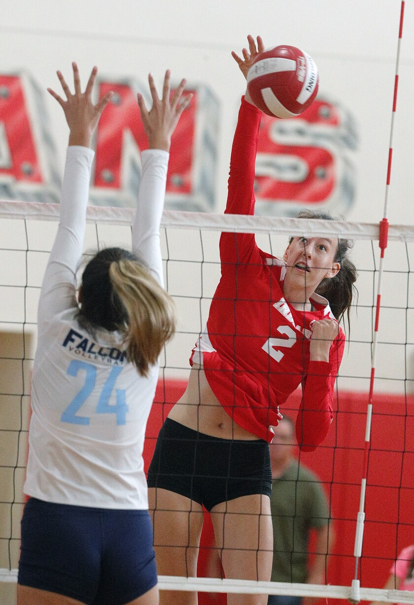 tn-blr-sp-burroughs-crescenta-valley-girls-volleyball-20191008-7.jpg