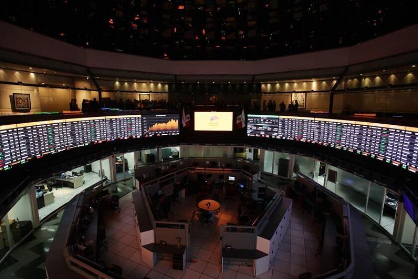 Vista general de la sede de la Bolsa Mexicana de Valores, en Ciudad de México. EFE