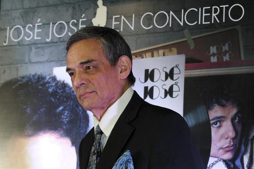 El cantante mexicano José José durante una conferencia de prensa. EFE/Archivo