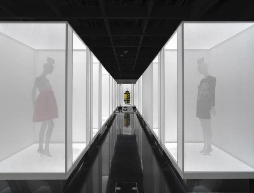 """exposición """"In America: A Lexicon of Fashion"""" en el Museo Metropolitano de Arte en Nueva York."""