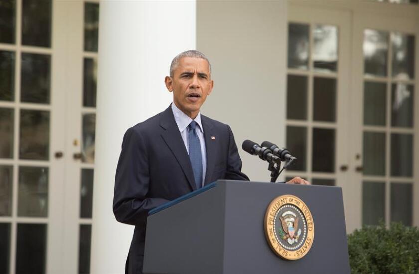 """El presidente, Barack Obama, alertó hoy a su sucesor en la Casa Blanca, Donald Trump, contra ignorar la tendencia """"irreversible"""" hacia un mundo de energías limpias y """"alejarse"""" del Acuerdo climático de París, algo que, a su juicio, """"socavaría"""" los intereses económicos del país. EFE/ARCHIVO"""