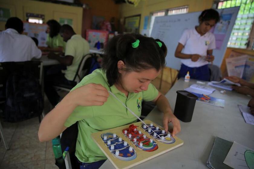 El 7,3 por ciento de los puertorriqueños entre 18 y 64 años padece de una condición mental seria; el 9,7 por ciento padece de algún trastorno depresivo severo; el 18,7 por ciento padece de alguna condición psiquiátrica, de acuerdo con un estudio del Instituto de Investigaciones de Ciencias de la Conducta del Recinto de Ciencias Médicas de la Universidad de Puerto Rico. EFE/ARCHIVO