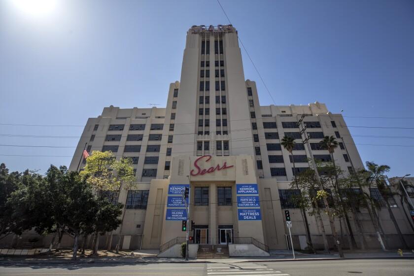 Landmark Sears in Boyle Heights is closing