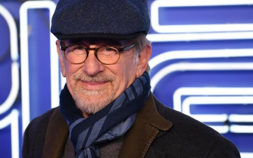 """El director de cine estadounidense Steven Spielberg asiste al estreno europeo de su película """"Ready Player One"""" en Londres, Reino Unido, el 19 de marzo del 2018. EFE/Archivo"""
