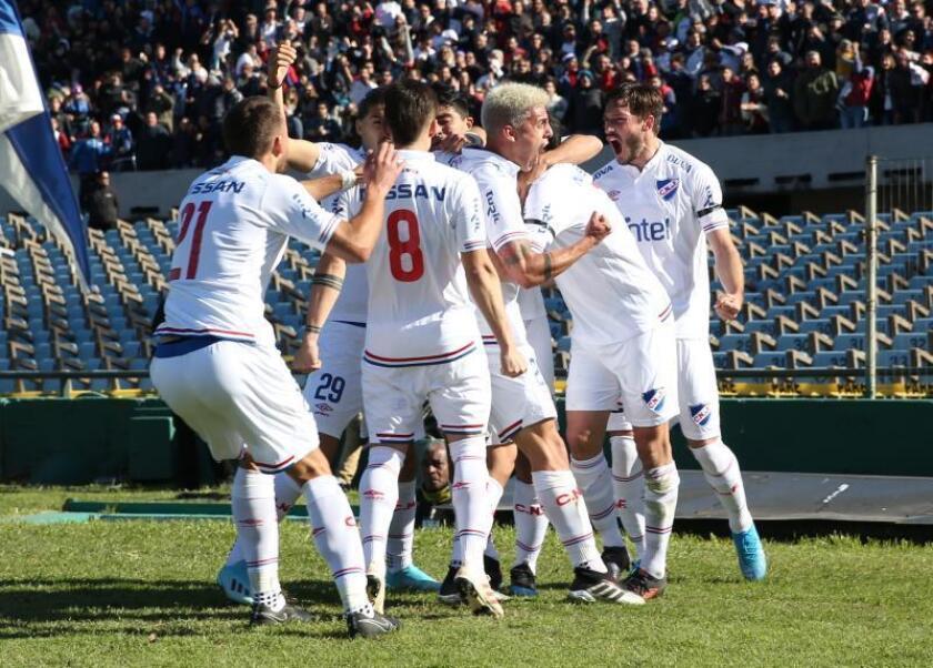 3-0. Un espectacular 'Chory' Castro lleva a Nacional a una goleada clásica