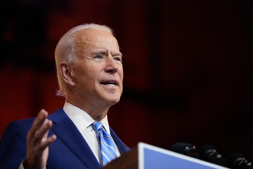 El presidente electo Joe Biden habla el miércoles 25 de noviembre de 2020 en Wilmington, Delaware.