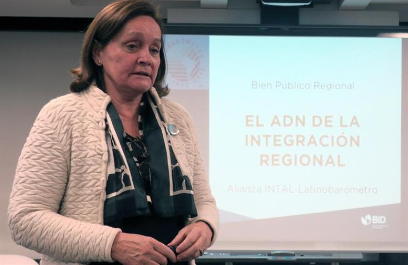 En la imagen, la directora ejecutiva de la Corporación Latinobarómetro, Marta Lagos. EFE/Archivo