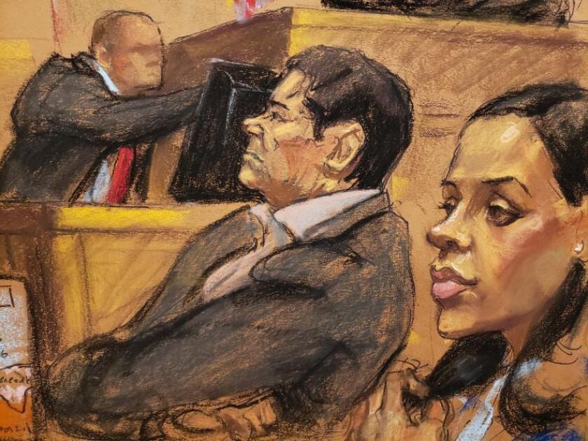"""Reproducción fotográfica de un dibujo realizado por la artista Jane Rosenberg donde aparece Emma Coronel (d) mientras sigue el juicio de su esposo, el narcotraficante mexicano Joaquín """"El Chapo"""" Guzmán (c), durante una audiencia en el tribunal del Distrito Sur en Brooklyn, Nueva York (EE.UU.). EFE/Archivo"""