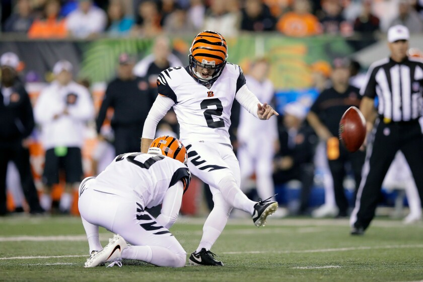 Begnals kicker Mike Nugent (2) kicks a field goal during the third quarter against the Miami Dolphins.