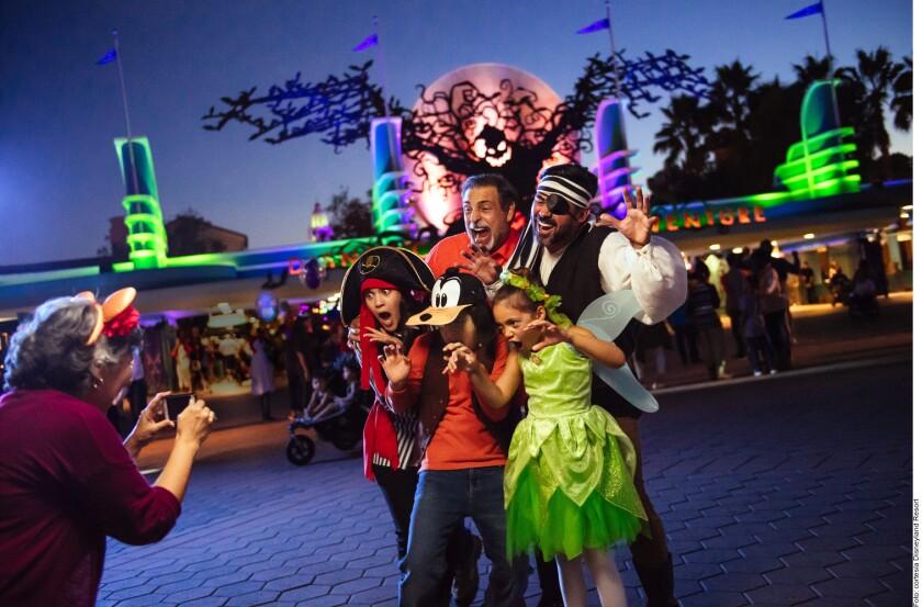 Anuncia Disneyland fiesta de H_685483.JPG