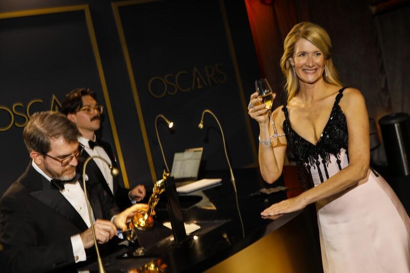 488167_ET_Oscars_Governors_Ball_JLC_0320-742326-742359.JPG