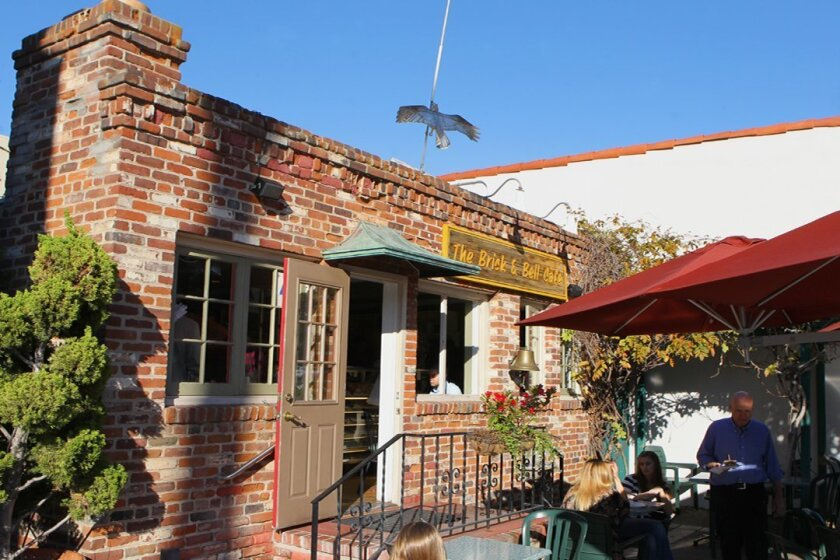 Brick & Bell Café offers a few indoor tables but most patrons prefer the patio. Photos by Daniel K. Lew