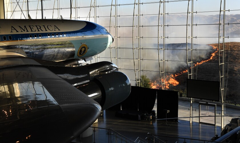 Air Force One at the Reagan Library as the Easy fire approaches