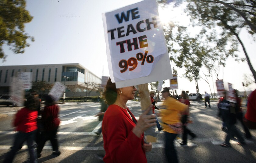 Cal State faculty protest at Cal State Dominguez Hills in 2011 over salary and benefits.