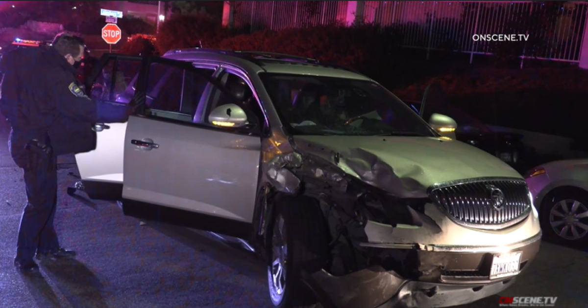 Chula Vista armed robbery suspects crash stolen vehicle while fleeing police