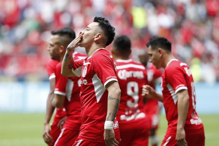 El jugador del Toluca Rubens Sambueza. EFE/Archivo