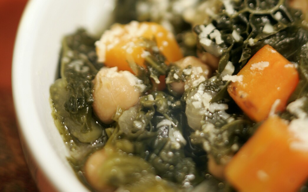 Soup with winter greens and chickpeas