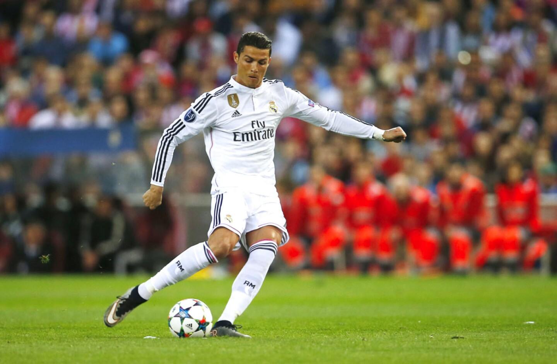 1) Cristiano Ronaldo: Futbol / Real Madrid / 88 millones de dólares.