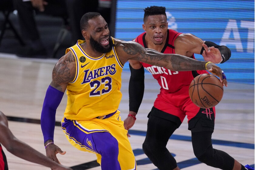 Lakers Hold Off Late Surge By Rockets To Win And Take Commanding Series Lead Los Angeles Times